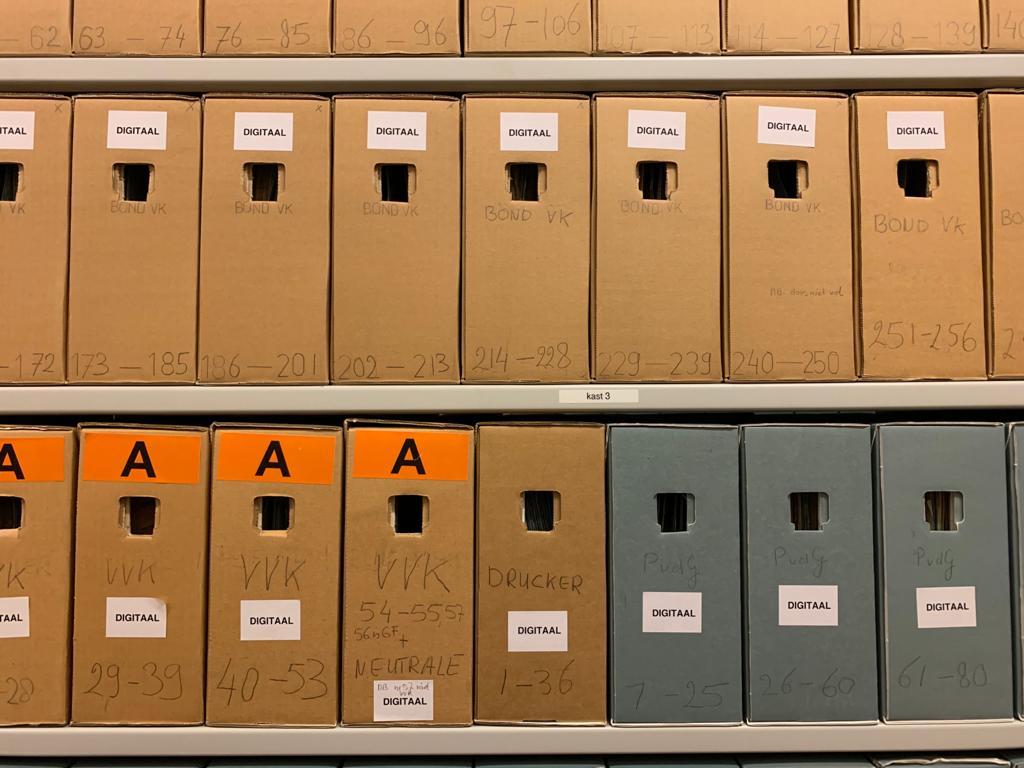 Dozen uit het archief IAV, Atria